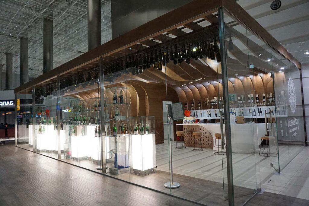 ремонт винного магазина в аэропорту